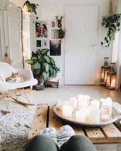 9 Incredible Cool Ideas: Minimalist Bedroom Gray Living Rooms minimalist home office window.Minimalist Bedroom Lighting Apartment Therapy minimalist home design desk areas. Home Design Decor, House Design, Design Ideas, Cosy Home Decor, Design Design, Modern Design, Living Room Decor, Bedroom Decor, Bedroom Ideas