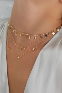 Stylish Jewelry, Dainty Jewelry, Simple Jewelry, Cute Jewelry, Jewelry Accessories, Fashion Accessories, Jewelry Necklaces, Jewelry Design, Jewelry Holder