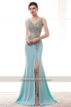 Robe longue pour invitée en bleu vert bustier décolleté en V tout perlé avec la taille transparente