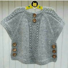 We have compiled 100 crochet baby vest pattern samples. See all of 40 crochet baby vest patterns. Browse lots of Free Crochet Patterns. Crochet Poncho With Sleeves, Gilet Crochet, Crochet Poncho Patterns, Boy Crochet, Ravelry Crochet, Free Crochet, Baby Cardigan, Cardigan Bebe, Baby Knitting Patterns