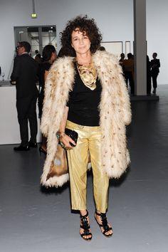 Lisa Eisner from the gallery Bottega Veneta Toasts Taryn Simon wearing custom cuff/ring by Ron Boyd.