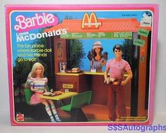 Barbie Loves McDonald's is a 1982 Mattel production Playset. Model Made in the Philippines & USA. McDonald's is the Fun Place where Barbie doll & her friends meet to eat! Dolls NOT include. Barbie Y Ken, Barbie Doll Set, Barbie Food, Doll Food, Mattel Dolls, Mcdonald's Restaurant, Barbie Playsets, Custom Monster High Dolls, Doll Costume