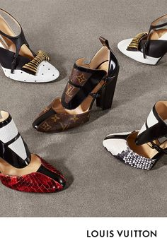 Products by Louis Vuitton: Headline Pump Collection Louis Vuitton, Creative Shoes, High Heels, Shoes Heels, Embellished Shoes, Paris Mode, Louis Vuitton Shoes, Look Vintage, Star Fashion