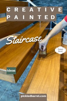 Stairway Railing Ideas, Staircase Pictures, Wood Staircase, Diy House Projects, Diy Pallet Projects, Cool Diy Projects, Landing Decor, Old Wood Floors, Painted Staircases