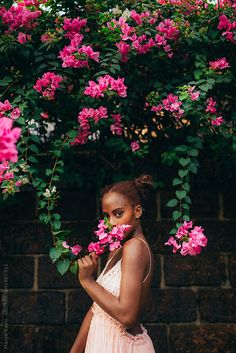 Marija Savic for Stocksy United – girl photoshoot poses Creative Portrait Photography, Photography Poses Women, Creative Portraits, Photoshoot Themes, Photoshoot Inspiration, Montage Photo, Instagram Pose, Black Girl Aesthetic, Foto Pose
