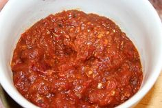 Sambal Tomat I grew up eating sambal and still have the habit of using this condiment when I eat Asian dishes (especially Indonesian di. Sambal Sauce, Sambal Recipe, Asian Recipes, Gourmet Recipes, Beef Recipes, Healthy Recipes, Caesar Sauce, A Food, Food And Drink