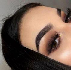 In 5 steps to the perfect Smokey Eye Makeup - augen make up - Beauty Makeup Goals, Makeup Hacks, Makeup Trends, Makeup Inspo, Makeup Inspiration, Makeup Ideas, Makeup List, Makeup Geek, Makeup Remover
