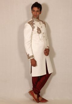 Buy White Silk Readymade Sherwani 204336 online at lowest price from our mens wear collection at Indianclothstore.com. Woolen Clothes, Wedding Sherwani, Mens Fashion Online, Linen Blazer, How To Dye Fabric, White Silk, Saree Collection, Indian Ethnic, Lehenga Choli