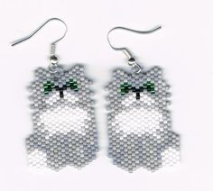 Hand Beaded Grey Persian Cat earrings by beadfairy1 on Etsy