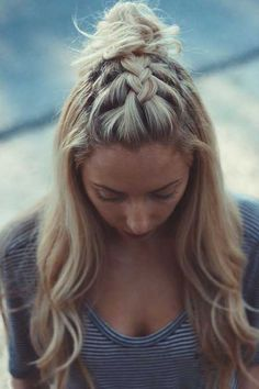 15 Half Up Half Down Hairstyles For Long Hair – Hair Makeup Down Hairstyles For Long Hair, Girly Hairstyles, Pretty Hairstyles, Wedding Hairstyles, Hairstyle Ideas, Hairstyles 2016, Amazing Hairstyles, Everyday Hairstyles, Ladies Hairstyles