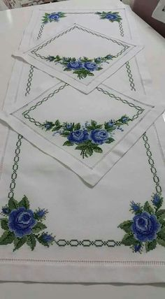 This Pin was discovered by hat Cross Stitch Borders, Cross Stitch Flowers, Cross Stitch Designs, Cross Stitch Patterns, Crewel Embroidery, Cross Stitch Embroidery, Machine Embroidery, Embroidery Designs, Palestinian Embroidery