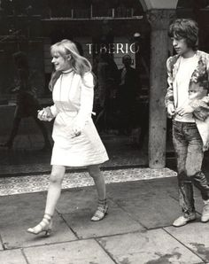 Marianne Faithfull and Mick Jagger had a thing for awhile . Bianca Jagger, Mick Jagger Wife, Patti Hansen, Rolling Stones, Anita Pallenberg, Marianne Faithfull, L'wren Scott, Rock Band Photos, Rock And Roll Girl