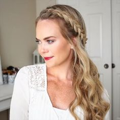 Today we are going to talk about those gorgeous braid styles. I will show you the best and trendy hair braid styles with some video tutorials. Easy Hairstyles For Long Hair, Box Braids Hairstyles, Braids For Long Hair, Wedding Hairstyles, Cool Hairstyles, Simple Braided Hairstyles, Hairstyles Videos, Hairstyles Pictures, Party Hairstyles