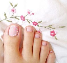 Flower Toe Nails, Pink Toe Nails, Pink Toes, Feet Nails, Manicure And Pedicure, Pink Pedicure, Pedicure Ideas, Pink Nail, Simple Toe Nails