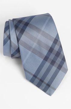 Burberry London Woven Silk Tie..... Better w/ black shoes/belt/watch strap not brown