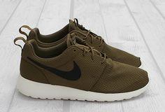Nike Roshe Run 'Iguana'