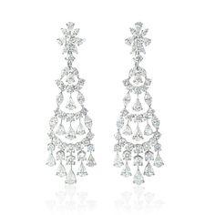 18K WHITE GOLD DIAMOND DANGLE EARRINGS  20 CARATS TOTAL