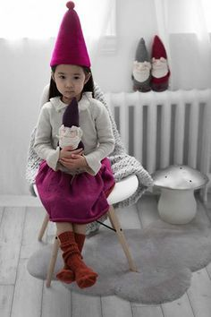 severina kids  lovely knitted gnomes Disfraces Para Niños 851d2996982