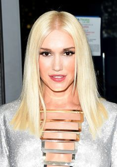 Gwen Stefani @ Emmy Awards 2014 | #makeup #beauty #hairstyle #redcarpet