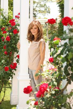 Jaclyn Smith, at home in her 60's! And, I'm a firm believer that filling your life with flowers helps keep you young...