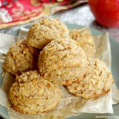 Fresh Apple Almond Flour Cookies {vegan, grain-free, oil-free, Paleo} Made per directions. Would add a bit of sweetener, if you want kids/husband to like them. Applesauce Cookies, Almond Flour Cookies, Honey Cookies, Cinnamon Cookies, Almond Flour Desserts, Cookie Recipes, Keto Recipes, Dessert Recipes, Flour Recipes