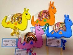 cinco ideias lembrancinha pirulito bichinhos EVA volta as aulas escola dia das criancas2 Crafts For Kids, Arts And Crafts, Diy Birthday Decorations, Chocolate Bouquet, Candy Bouquet, Kindergarten Activities, Origami, Birthdays, Lily