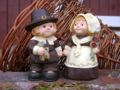 Vintage Salt and Pepper Shakers Set Pilgrim Couple by junquegypsy, $9.80