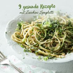 Jeder Spiralschneider-Akrobat weiß: Zucchini-Spaghetti-Rezepte kann man nie genug haben. Probiere jetzt unsere 10 Favoriten.