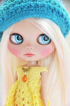 OOAK Custom Blythe Doll -  LATICIA - Customized by Zuzana D.