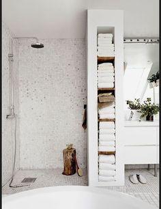 Les salles de bains vues sur Pinterest Decoration salle de bain blanche