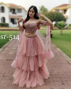 Unique Bridal Lehenga designs that is every Bride's pick in Indian Gowns Dresses, Indian Fashion Dresses, Dress Indian Style, Indian Designer Outfits, Designer Dresses, Outfit Designer, Net Dresses, Indian Wear, Dress Fashion
