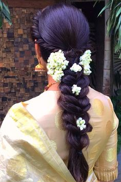 Hair styles long updo up dos 53 Trendy ideas Indian Hairstyles For Saree, South Indian Hairstyle, Bridal Hairstyle Indian Wedding, Saree Hairstyles, Bridal Hairdo, Hairdo Wedding, Bride Hairstyles, Hairstyles Haircuts, Ethnic Hairstyles