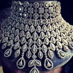 Dazzling diamonds ! #IndianJewelry