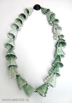 Vera Siemund - necklace, 2004 enamelled copper, silver - 30.5 cm