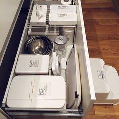 女性で、の透明ラベル/ダイソー/IKEA/ニトリ/キッチン収納/キッチン…などについてのインテリア実例を紹介。「キッチン収納」(この写真は 2014-05-17 23:45:24 に共有されました)