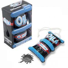 Perfektes Geschenk für Autonarren und PS-Freunde. Das Motorenöl Duschgel. Ideal für alle Männer die Benzin in den Venen haben. Jetzt verschenken!
