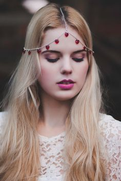 Valentine's Day Romantic Headpiece, Red Heart Headchain, Queen of Hearts Chain Head Piece, Chain Headdress, Valentine's Day Hair Accessory