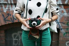 love all of those turquoise skinnies, the sweater, the clicker!! all of it!