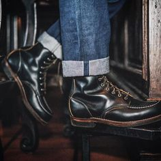 Red Wing Shoe Co. was incorporated 111 years ago today. Here is a pair of 2015, 110 year anniversary edition Huntsman boots. #1905 #redwingheritage #myredwings #redwingwednesday : @freenotecloth