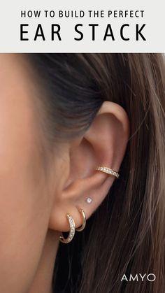 Bijoux Piercing Septum, Ear Piercing Studs, Ear Piercings Chart, Pretty Ear Piercings, Ear Peircings, Cartilage Earrings, Piercing Chart, Lip Piercings, Cartilage Piercings