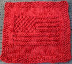 Knitting Pattern for American Flag Dish or Wash Cloth - The flag has 13 stripes and uses moss stitch to create stars in the upper corner — although there are not quite 50 of them. Knitted Dishcloth Patterns Free, Knitted Washcloths, Crochet Dishcloths, Knitting Patterns Free, Knit Patterns, Free Knitting, Chrochet, Knitting Stitches, Free Pattern