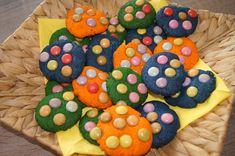 Bunte Cookies mit Smarties Bunt, Sugar, Cookies, Desserts, Food, Recipes, Crack Crackers, Tailgate Desserts, Deserts