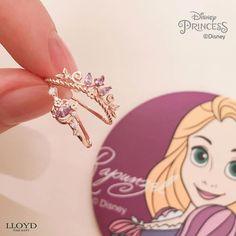 Diamond Heart Necklace / Diamond Heart in Solid Gold / Rose Gold Necklace / Layering Necklace / Diamond Necklace / Graduation Gift - Fine Jewelry Ideas Disney Princess Jewelry, Disney Jewelry, Disney Inspired Jewelry, Rapunzel, Cute Jewelry, Jewelry Accessories, Jewelry Ideas, Jewlery, Tangled Wedding