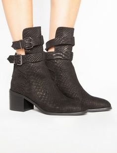 Donner buckle boots. Jeffrey Campbell