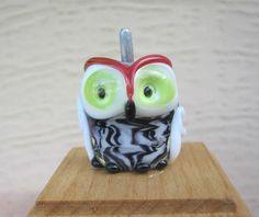 Destash - Artisan Lampwork Owl bead by DeniseAnnette (Denise Shipley) - Black and White by ABeadAddictsDestash on Etsy https://www.etsy.com/listing/220874874/destash-artisan-lampwork-owl-bead-by