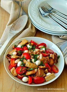 Naan panzanella salad | www.yankeekitchenninja.com