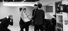 Jackson GOT7 MDRRR LOL this is how you dance with your friends