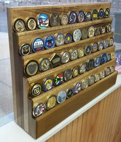 Poplar challenge coin display