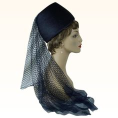 a8c12902c2e 1960s Vintage Hat Veiled Straw Fez Style with Hat Box by Franklin Simone Sz  22