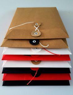 Iposto - Aktualnosci - Moments - prestiżowe koperty z guzikiem i sznurkiem